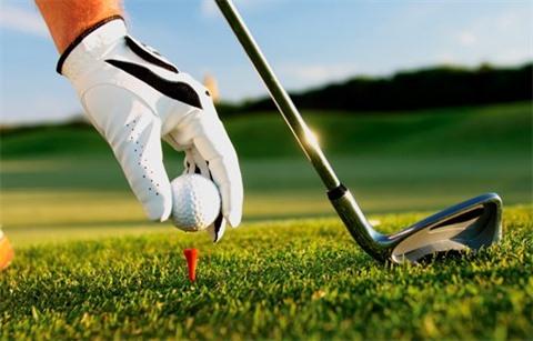 Tribune : Tourisme et golf, prix et services par Philippe Wattinne