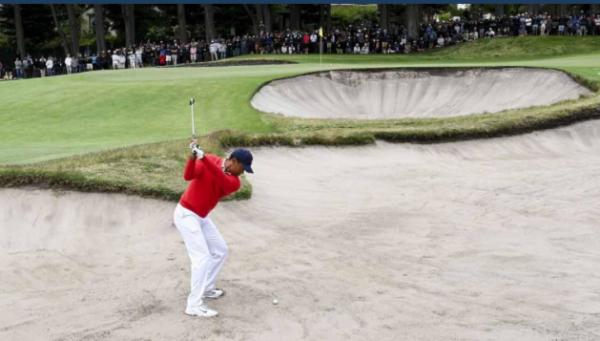 Vidéo : petite leçon de sortie de bunker par Tiger Woods