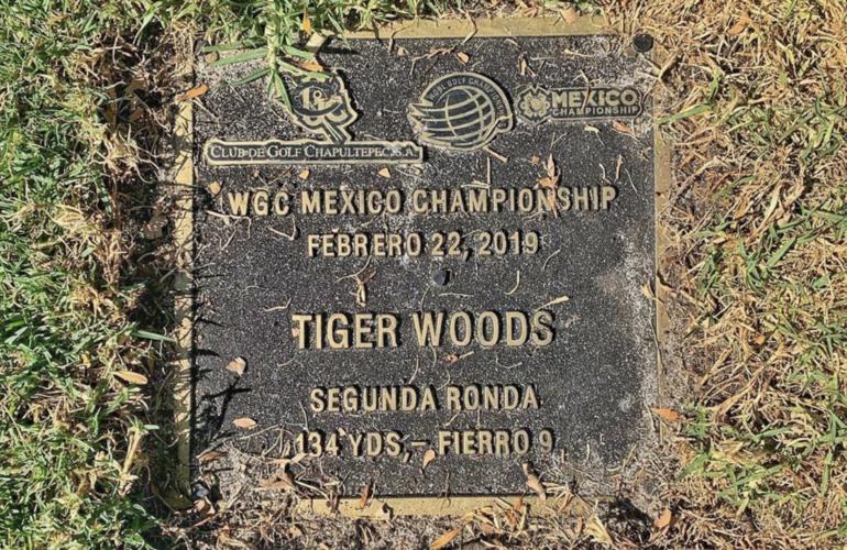 tiger woods plaque commémorative wgc mexique