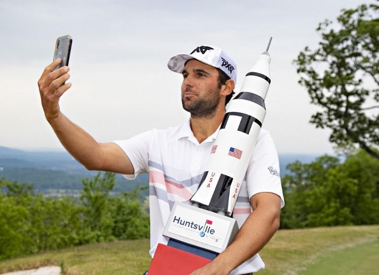 Paul Barjon selfie Photo Wesley Hitt / GETTY IMAGES NORTH AMERICA / Getty Images via AFP